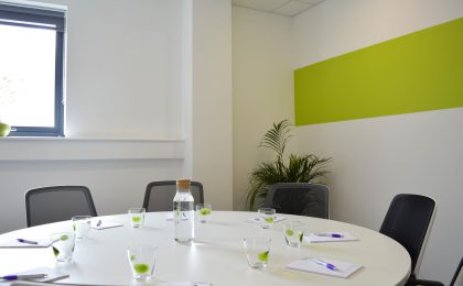 BostonHouse_meetingroom